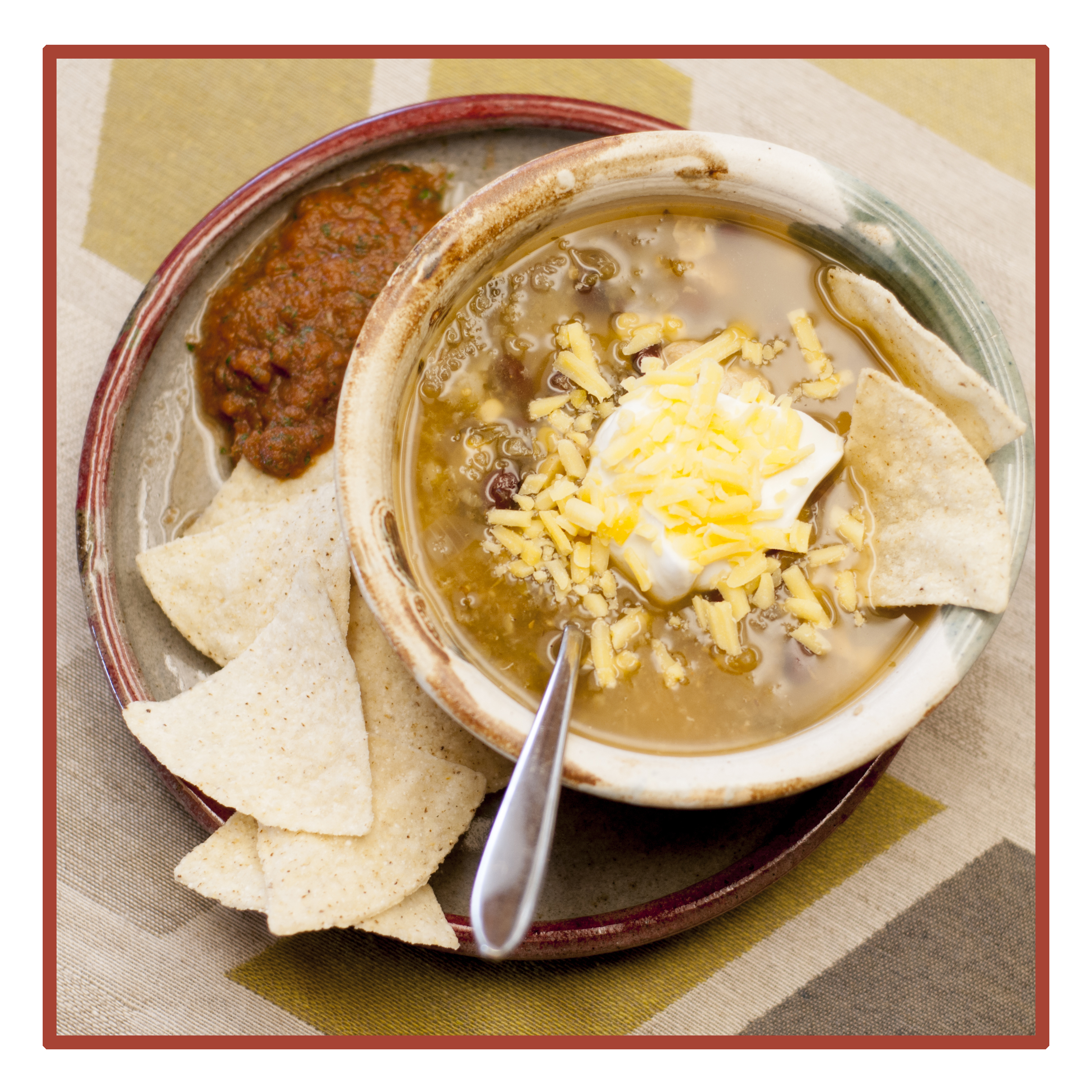 Thermal Cooker White Chicken Chili – A Slow-Cooked Family Favorite